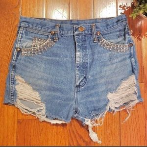 Wrangler vintage embellished destroyed shorts